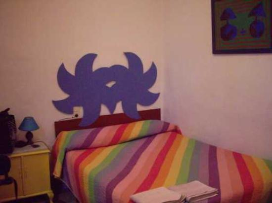 Almohada Hospedaje : bedroom