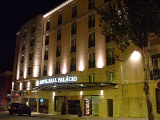 Hotel Real Palacio : Außenansicht