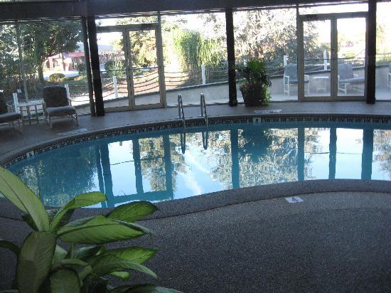 Indoor Pool Picture Of Fulton Steamboat Inn Lancaster Tripadvisor