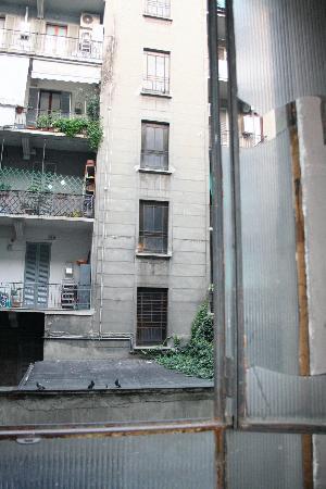Hotel Medea: Broken Windows