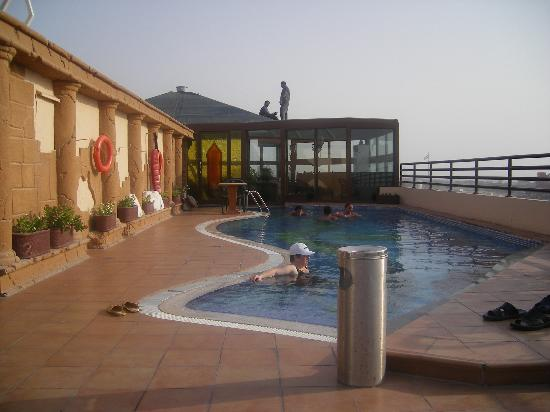 Sea View Hotel: the pool  on the roof