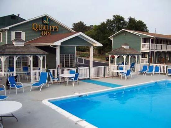 Atlantic Shores Inn & Suites