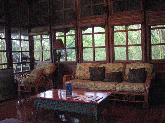 Aguila de Osa Inn: Honeymoon Suite Living Area