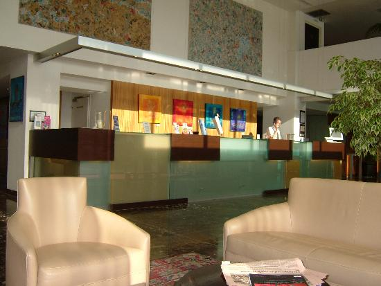 Crowne Plaza Lille : Lobby area
