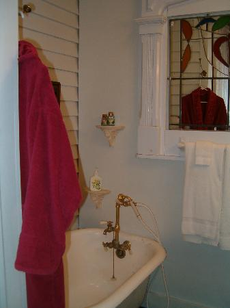 T'Frere's Bed & Breakfast: claw foot tub with bath robe provided