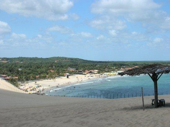 Tres Coqueiros: The beach beyond the dunes