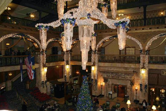 The Brown Palace Hotel and Spa, Autograph Collection : Brown Palace Lobby