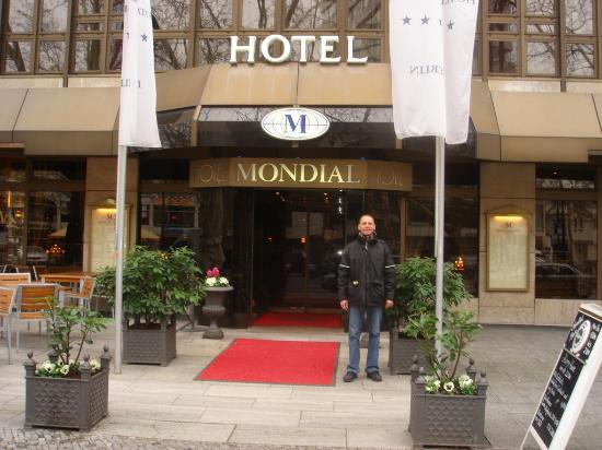Room 301 Bild Von Hotel Mondial Berlin Tripadvisor