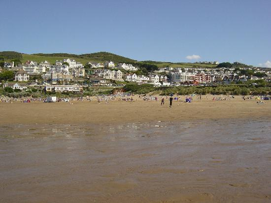 The Woolacombe Bay Hotel: Woolacombe from beach