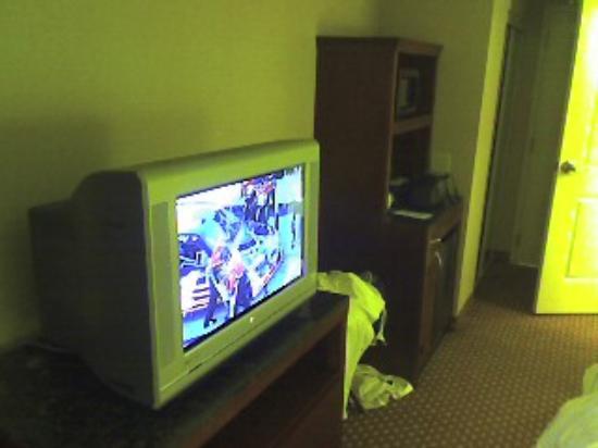 Hilton Garden Inn Plymouth: HD TV...about 25