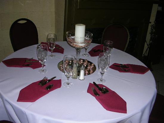 Preston Woodall House Bed and Breakfast: set up for rehearsal dinner