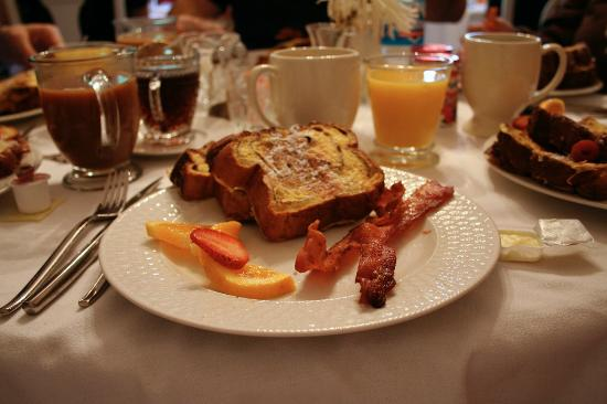 Inn at Grey Gables : french toast