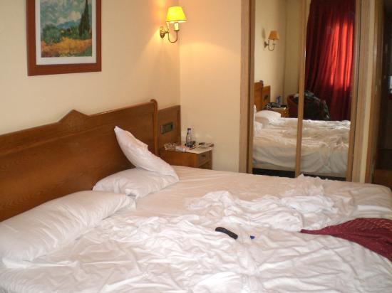 Hotel Ciudad de Cangas de Onis: habitación2