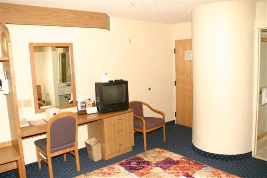Econo Lodge Denver International Airport: room 3