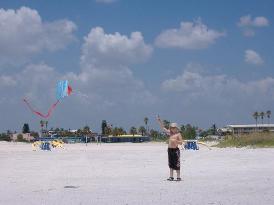 Treasure Island, FL: kite flying on the beach