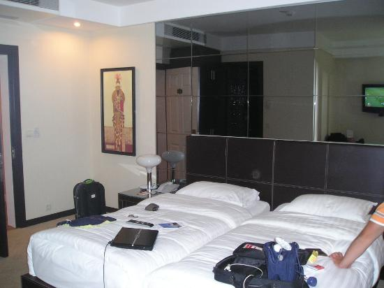 Cartoon Hotel: Double bedroom