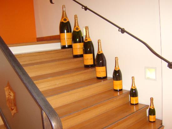 Veuve Clicquot-Ponsardin: If only I had these in my house!