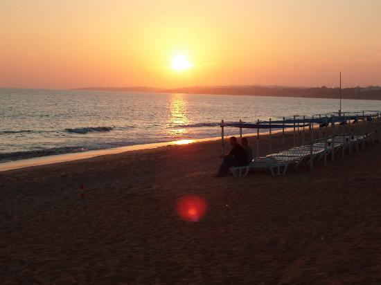 Alfamar Hotel: Beach Sunset