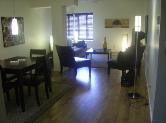 Lu0027Hotel Port Royal: Wohnzimmer Mit Essecke