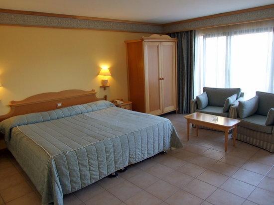 Grand Hotel Gozo: Bedroom