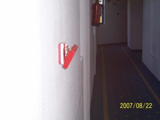 Hotel Fuerteventura Playa: pulsadores de contraincendios