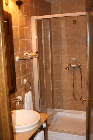 Bathroom Bella Muzica