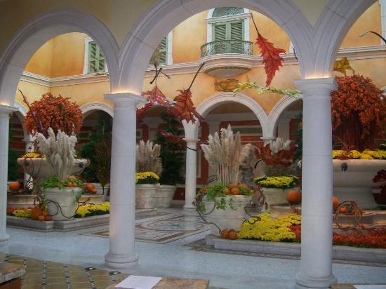 Bellagio Hotel (where Le Cirque is located)