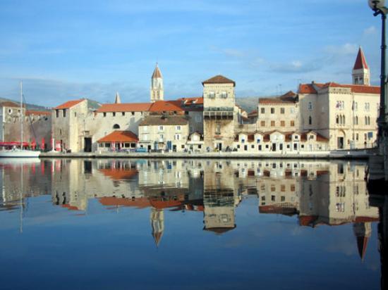 Villa Pape : Trogir - Croatia