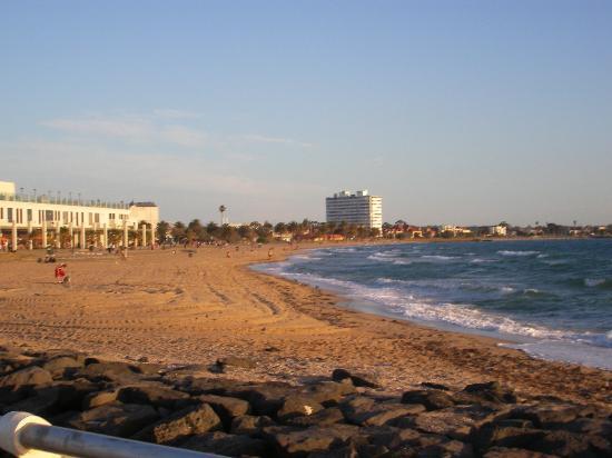 Ritz For Backpackers St Kilda Beach