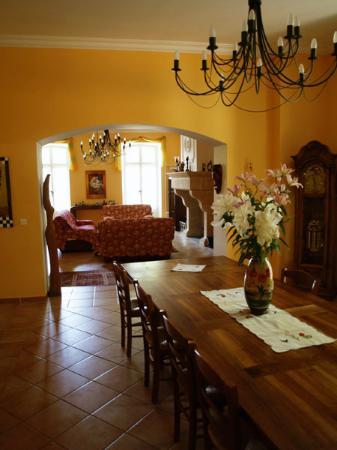 Pavillon de la Torse: Dining room