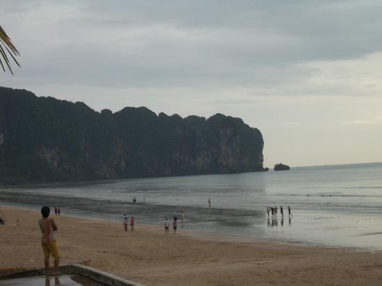Aonang Buri Resort: Krabi Beach