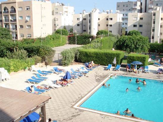 Castle Hotel Apts.: View of pool