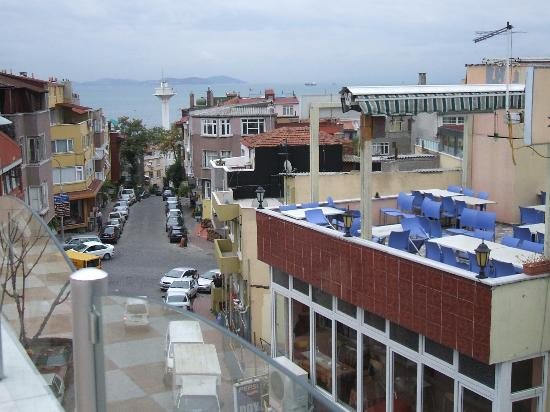 Hotel Yunus Emre: View from the rooftop terrace