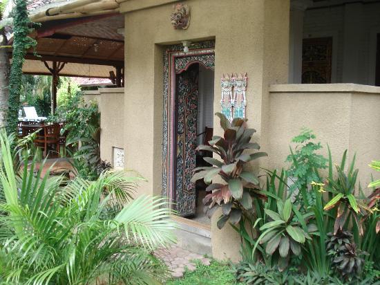 Prima Cottage: Room entrance