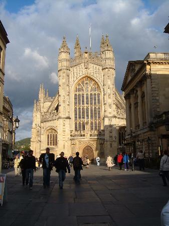 Radnor Guest House: Bath Abbey
