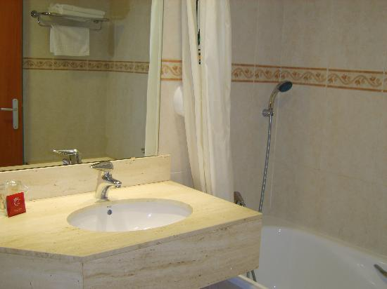 Montemar Maritim: The bathroom part 2