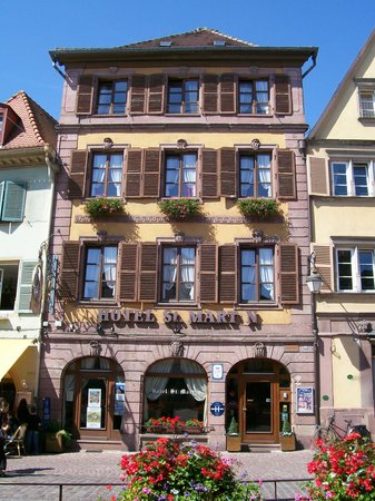 Hotel Saint Martin: Front view of the St Martin in Colmar
