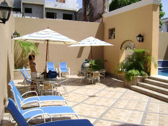 Hotel la Siesta: Pool