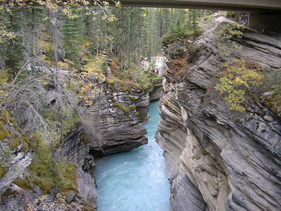 Jasper, Canada : After the water falls