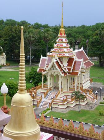 Viewing from the tower of Wat Chalong