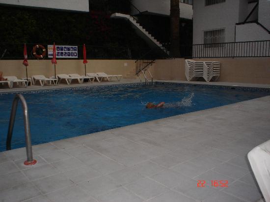 El Sombrero : pool
