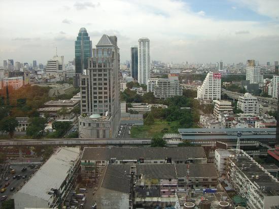Plaza Athenee Bangkok, A Royal Meridien Hotel: Blick von unserem Zimmer aus