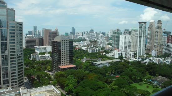 Plaza Athenee Bangkok, A Royal Meridien Hotel: Blick vom Zimmer aus