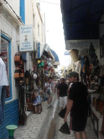 Djerba Plaza Hotel & Spa: Local market (1)