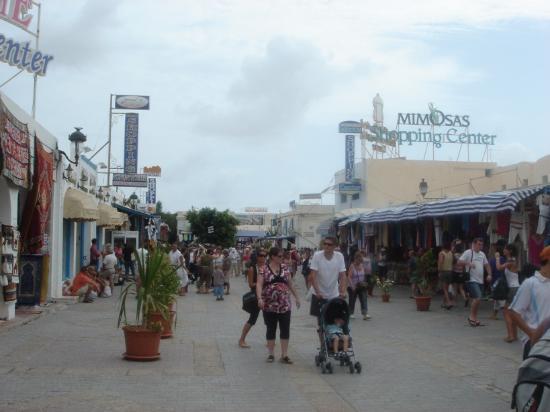 Djerba Plaza Hotel & Spa: Local market (3)