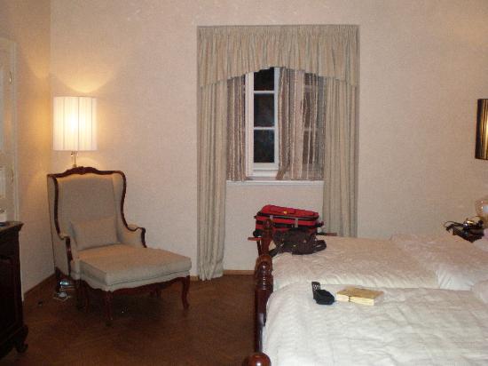 Dominican Hotel: Main Window