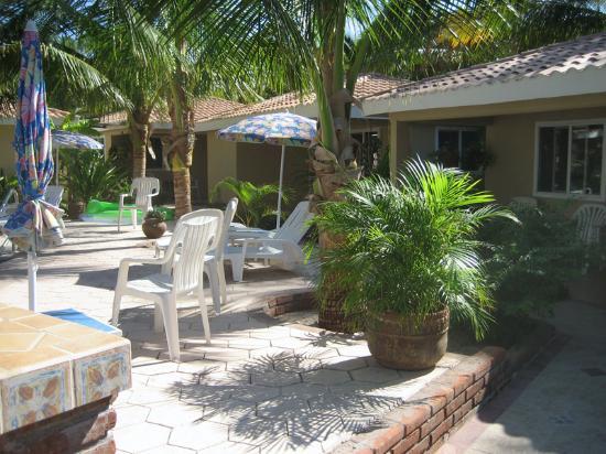 Coco Cabanas Loreto: patio