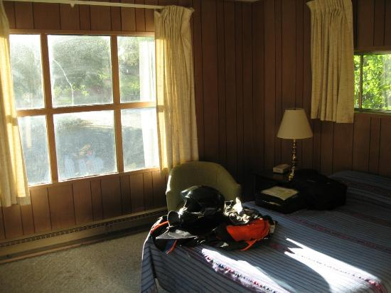 Red Hill Motel: Bedroom