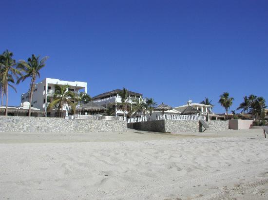 Martin Verdugo's Beach Resort: view from beach