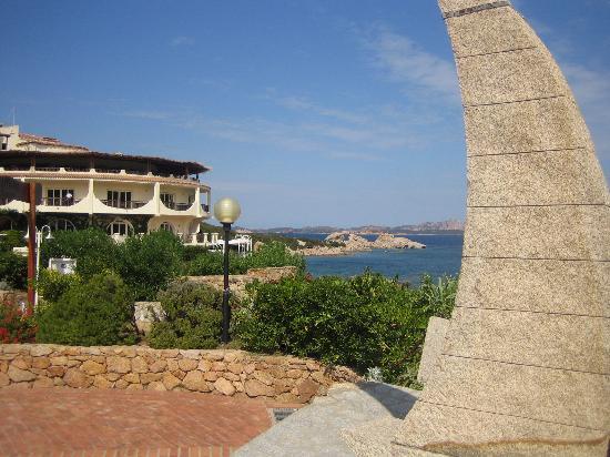 Hotel Tre Botti: The bay at Baja Sardinia
